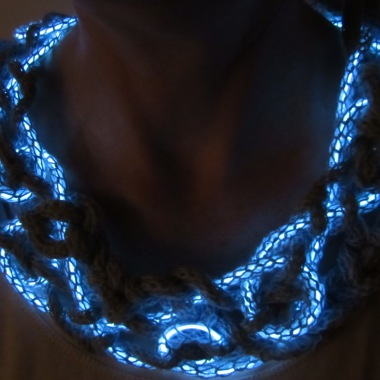 The EL-wire illuminated necklace